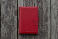 обложка ежедневника с хлястиком